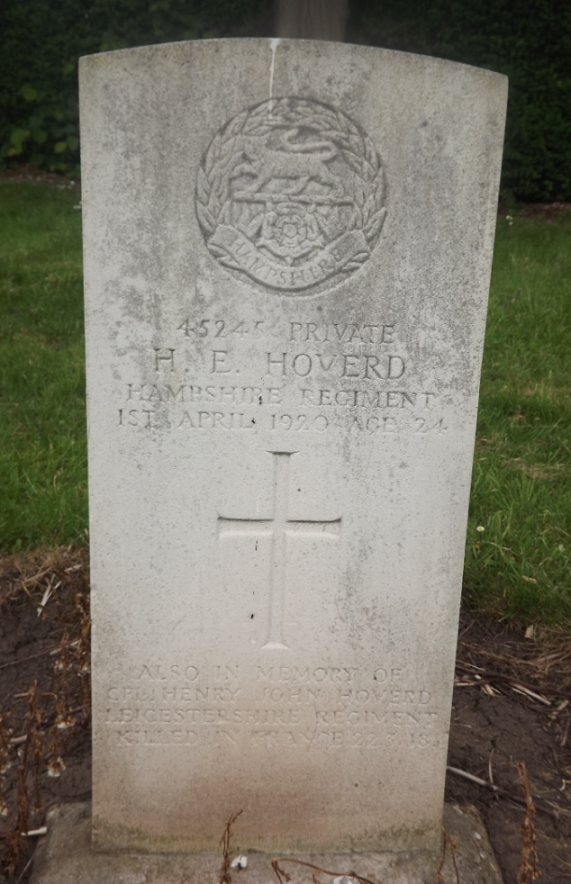 CWGC Grave for H E Hoverd
