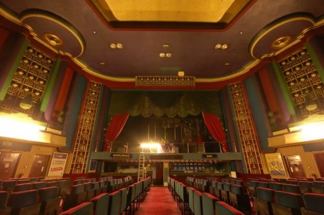 Nuneaton, Ritz Cinema interior 2009 01