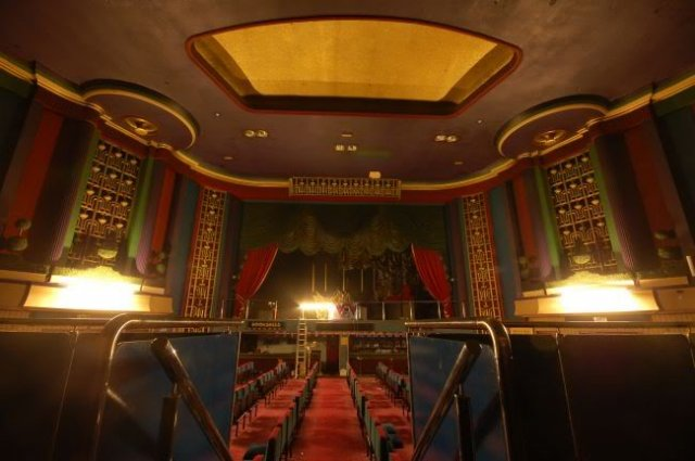 Nuneaton, Ritz Cinema interior 2009 02