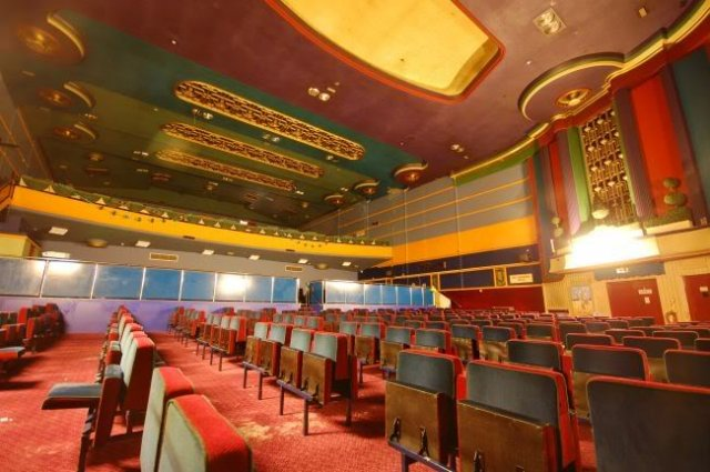 Nuneaton, Ritz Cinema interior 2009 06