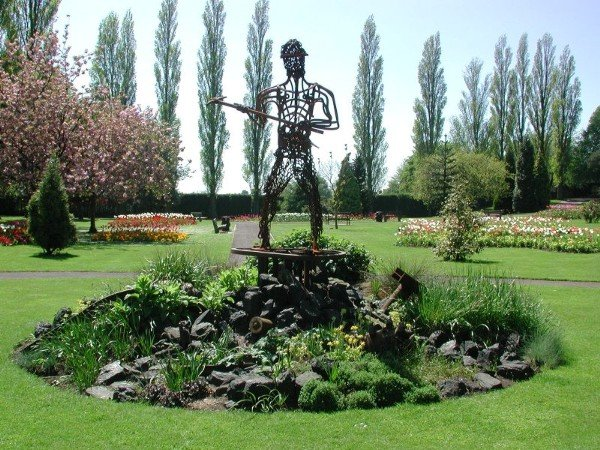 Bedworth, Miners Welfare Park, The Miner